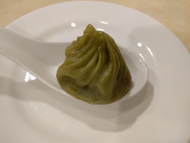 京鼎小館のウーロン茶小籠包