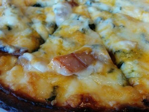 伊豆大島の寿し光 くさやピザ